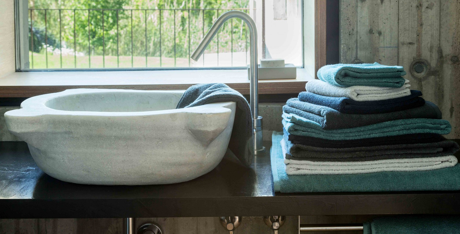 FINEST TOWELS FROM SWITZERLAND, PORTUGAL AND GERMANY BY MARC LEOPOLD